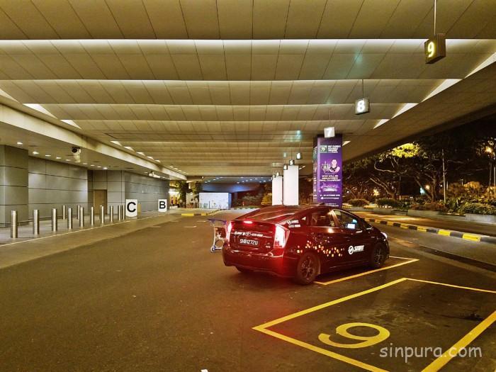 チャンギ空港のタクシー乗り場ターミナル2編!現地の様子をお届け!